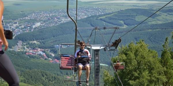 Кресельный подъёмник на гору Церковка в Белокурихе