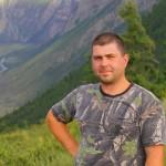 Алексей  - Водитель-гид.